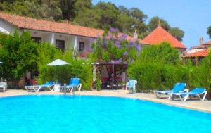 Dalyan-Turkey-poolside
